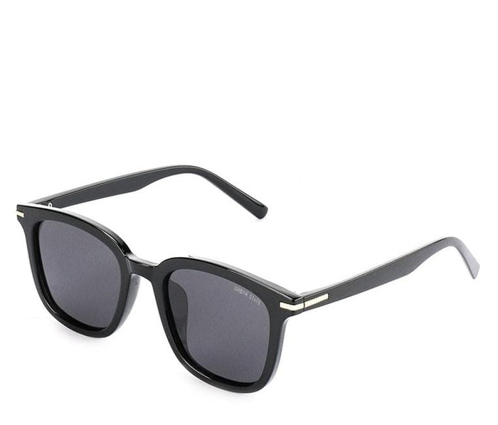 Polarized Plastic Framed Compact Sunglasses - Brown Black