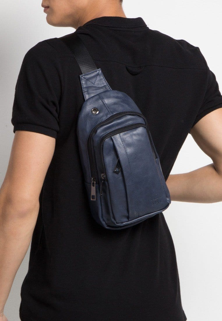 Distressed Leather Pocket Slingbag - Navy