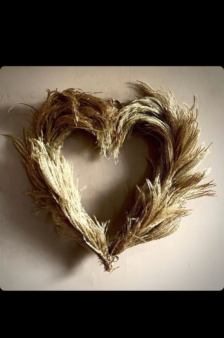 Limited Edition Heart-shaped Handmade Pampas Grass Wreath