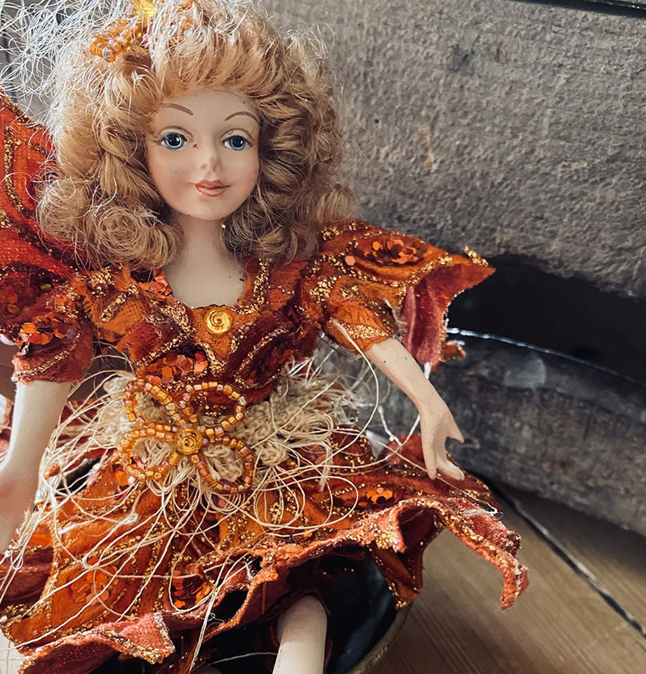 9inch Holly Fairy Copper Amber