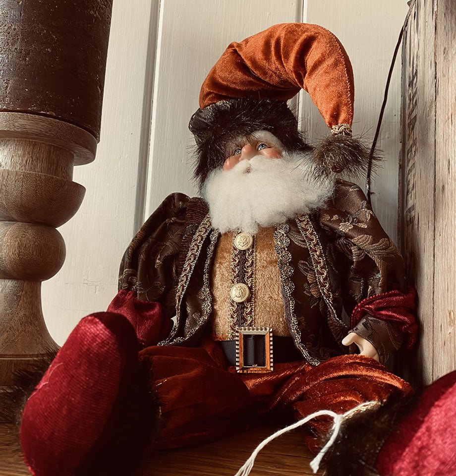 Sitting Santa Claus Copper 18 Inch