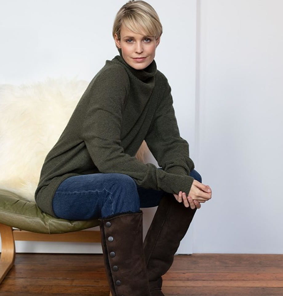 Celtic & Co Geelong Slouch Roll Neck Jumper Olive