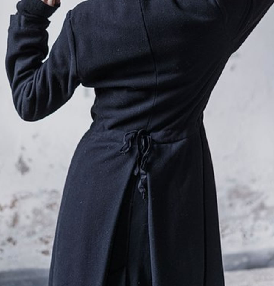 Cathalina Black Cashmere and Wool Coat