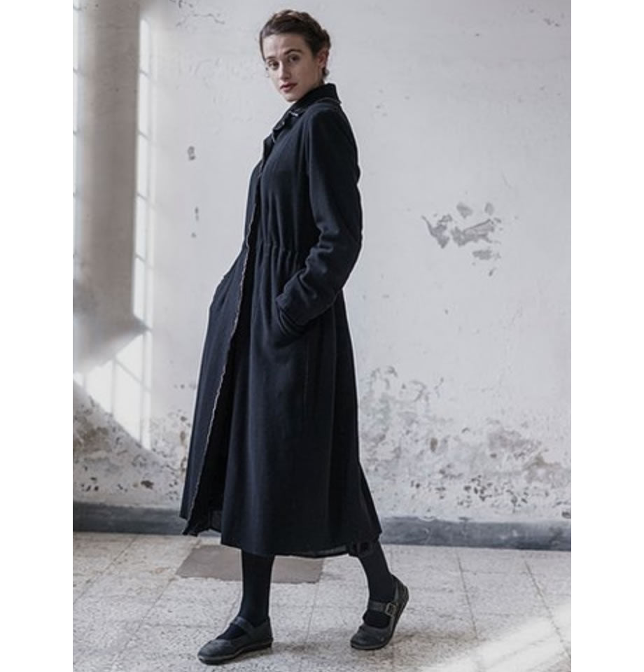 LAST ONE! Cathalina Black Cashmere and Wool Coat