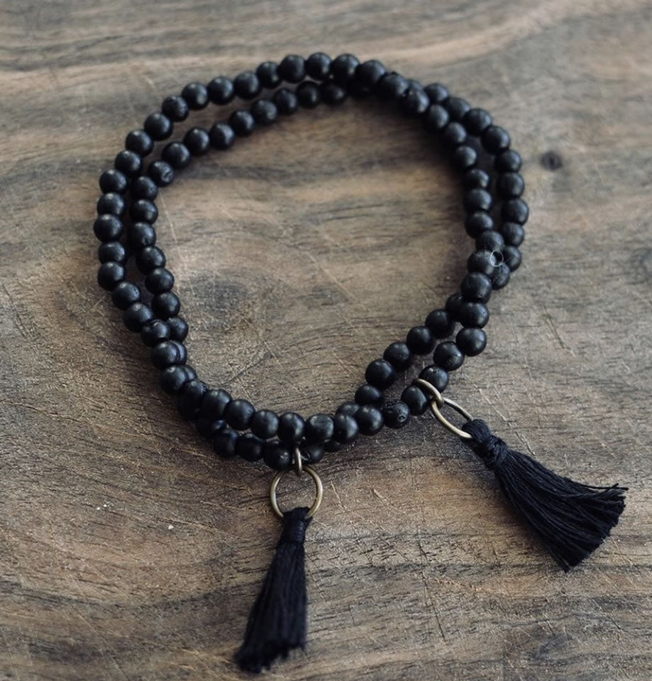 Black Bone Bracelet 6mm