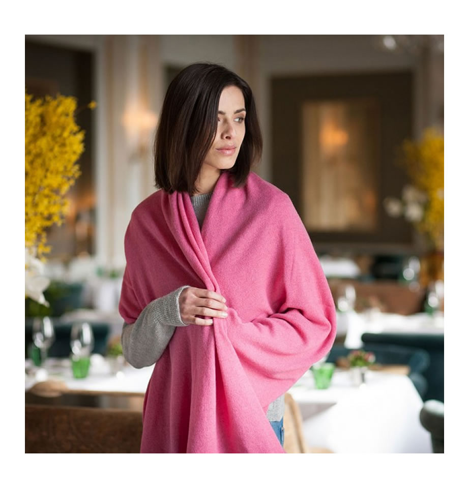 Classic Summer Rose Cashmere Travelwrap