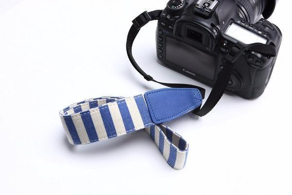 LM TRAVEL SEASON Goodies Blue Stripe Camera Strap ?Ýü¾©ٌü¦