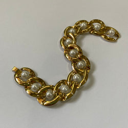 Pearl and Gold Chain Bracelet