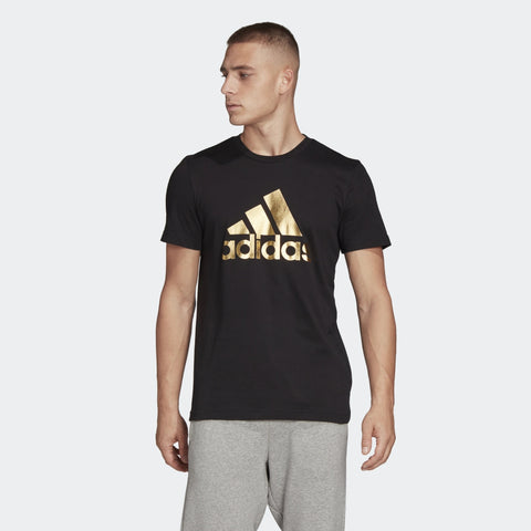 ADIDAS MEN'S ATHLETICS 8-BIT GRAPHIC FOIL TEE  https://thesweatshop.club/products/adidas-mens-athletics-3-badge-of-sport-camouflage-tee-2  ADIDAS 8-BIT GRAPHIC FOIL TEE-A GRAPHIC TEE WITH A METALLIC ADIDAS BADGE OF SPORT. Go for gold. The adidas Badge of Sport gets the Midas touch on this crewneck t-shirt. Throw it on to add a metallic finish to your outfit. The soft cotton jersey keeps you comfortable through your day.BUY ONLINE INDIA.COD AVAILABLE.a