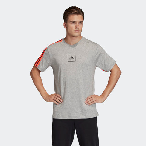 ADIDAS MEN'S 3-STRIPES TAPE TEE - Medium Gray / Heather  https://thesweatshop.club/products/copy-of-adidas-mens-classic-3-stripes-sport-tee-white-black  Relax in this soft cotton adidas t-shirt and enjoy a day of comfort. Bright three stripes on both the sleeves lends style to your off days.100%COTTON.COLOUR:GRAY HEATHER BUY ONLINE INDIA.COD AVAILABLE.A