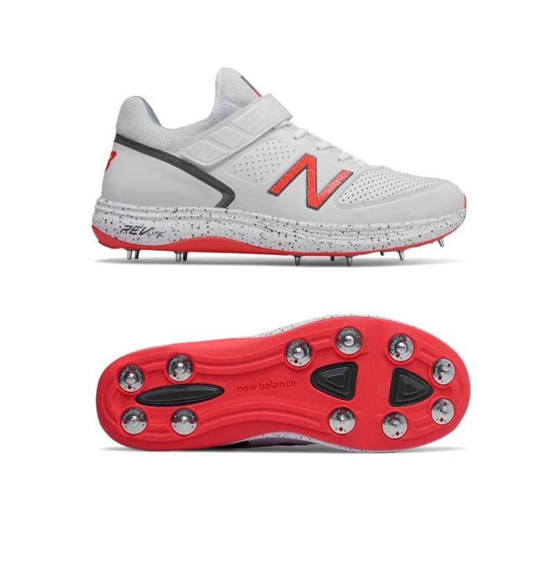 8e3757c5dc352 New Balance Cricket 4040v4 bowlers' spike Cricket Shoes For Men – The  SweatShop Club