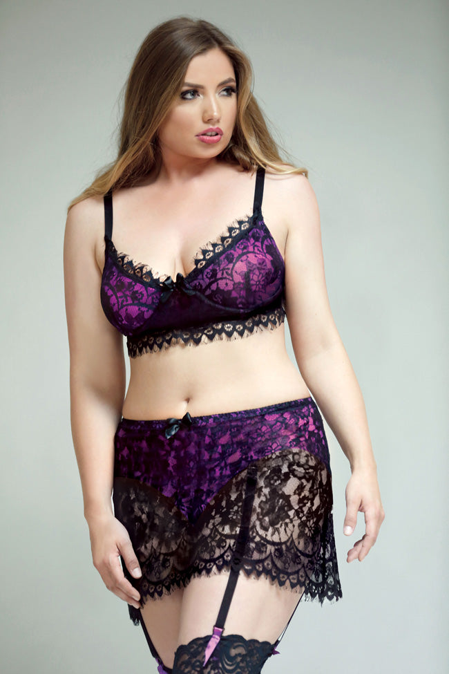 2 Piece Plus Size Bra & Skirt Set