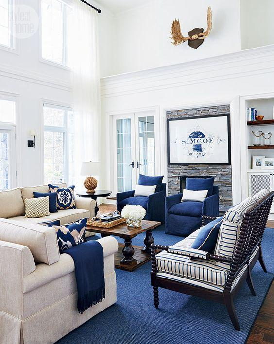 Design Trend Alert: Decorating With Blue Rugs