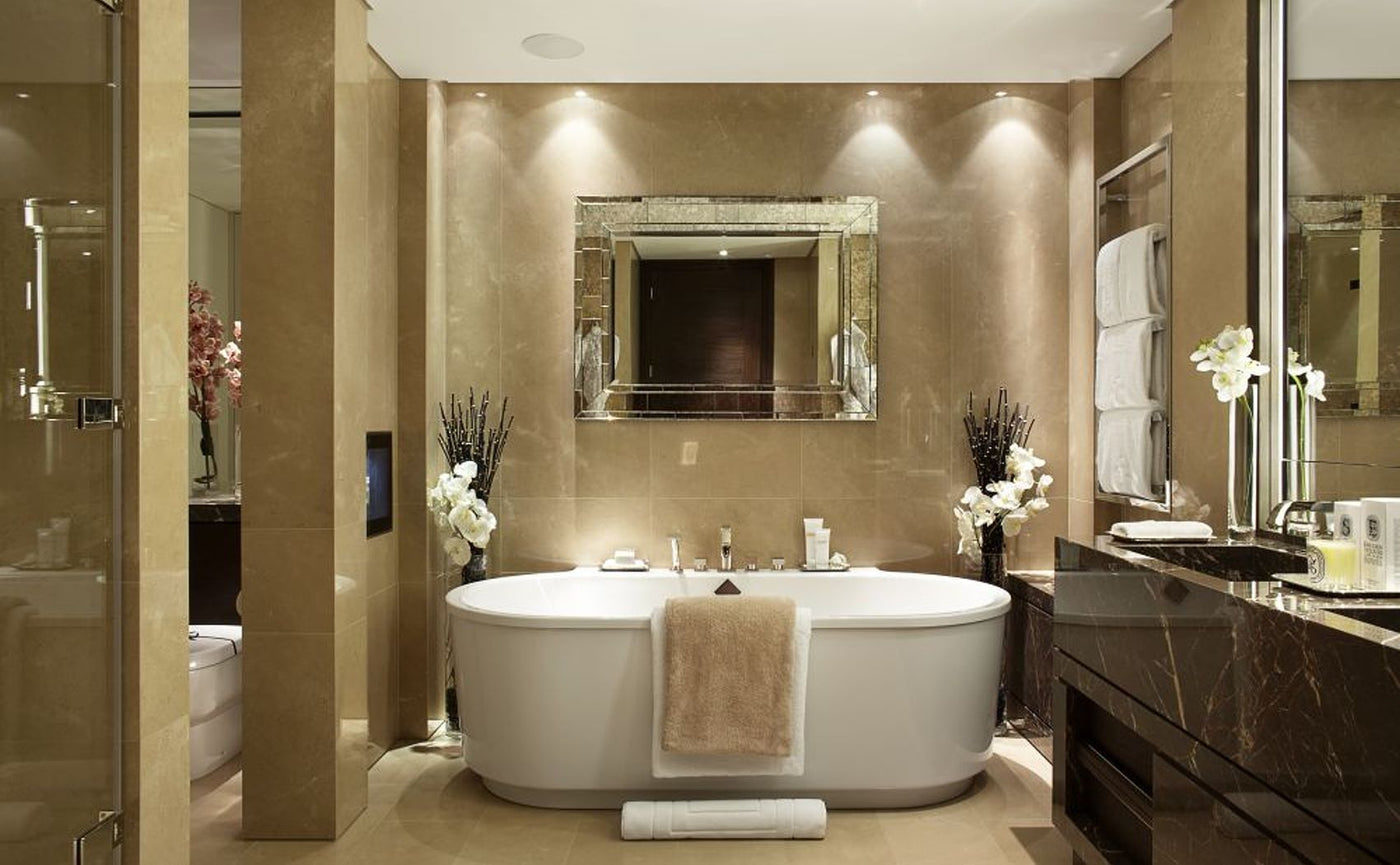 10 Features of Luxury Bathrooms