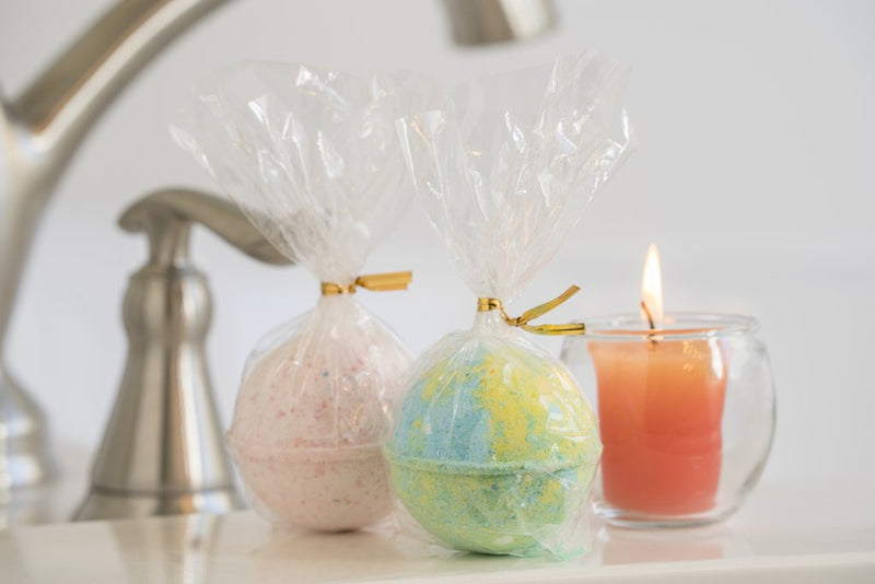 Luxe Fizzy Bath Bombs 4 Pc.