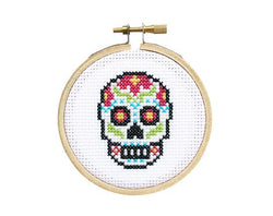 SUGAR SKULL MINI CROSS STITCH