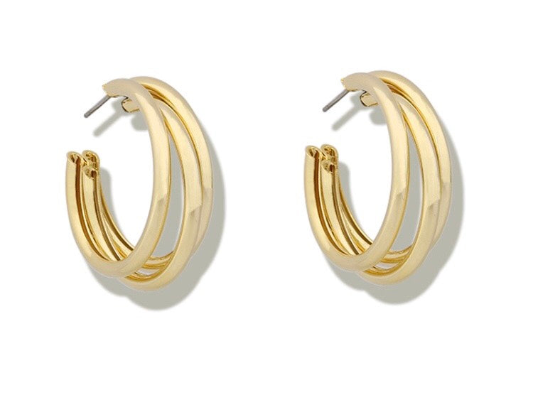 triple layer hoop earring in gold