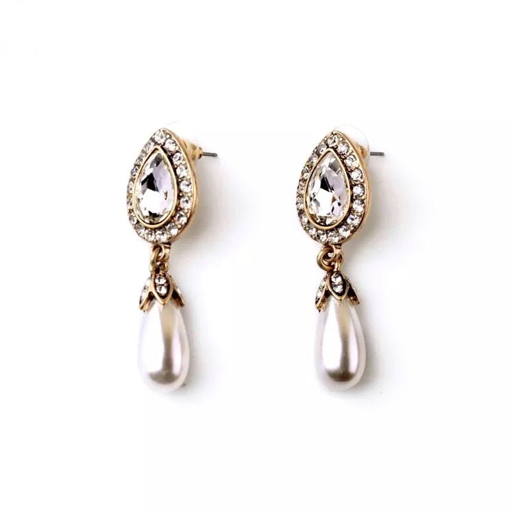 Pearl Drop Statement Earring