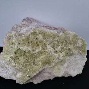 Vésuvianite no.340
