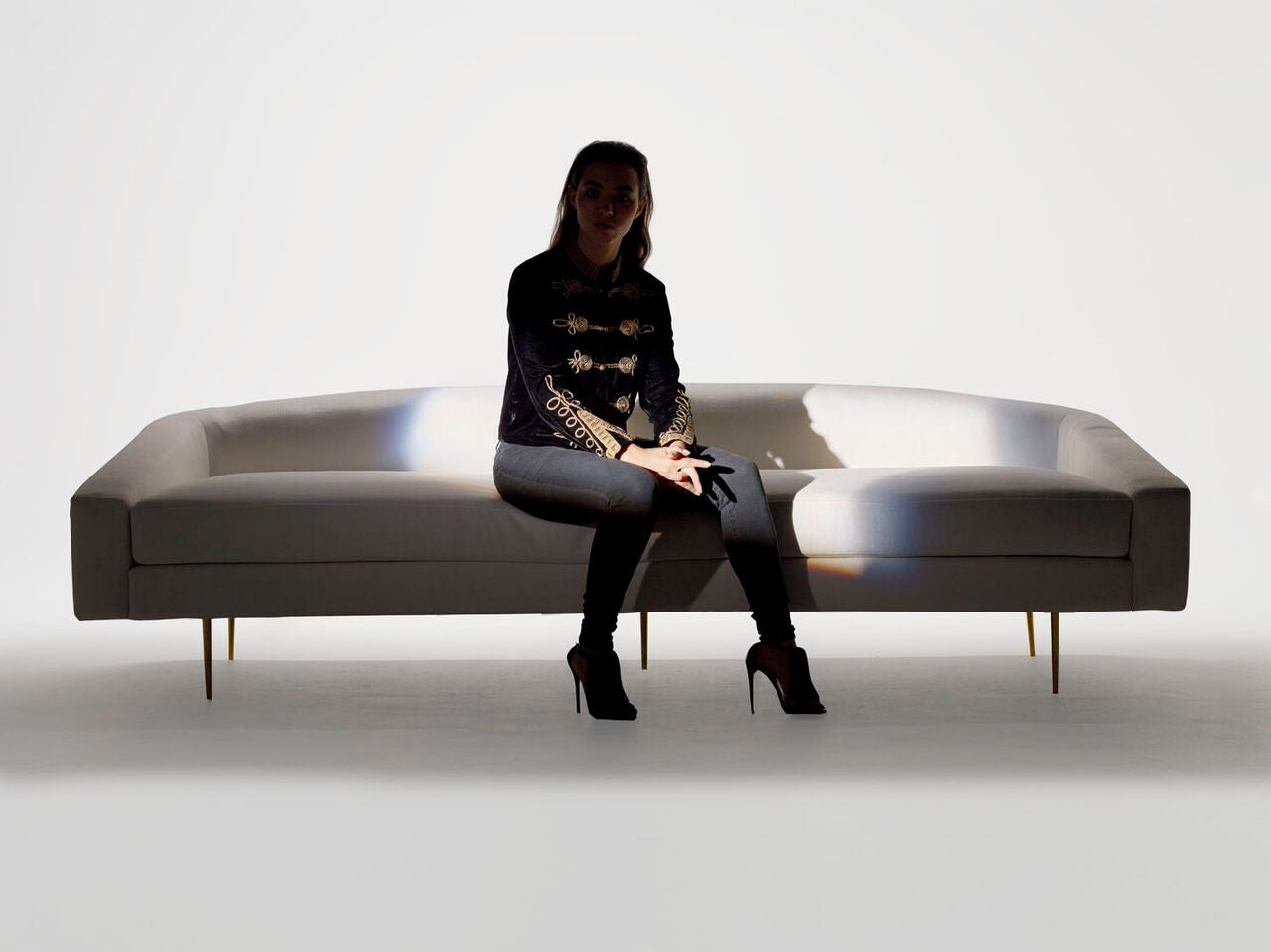 Vivi Sofa Customizable