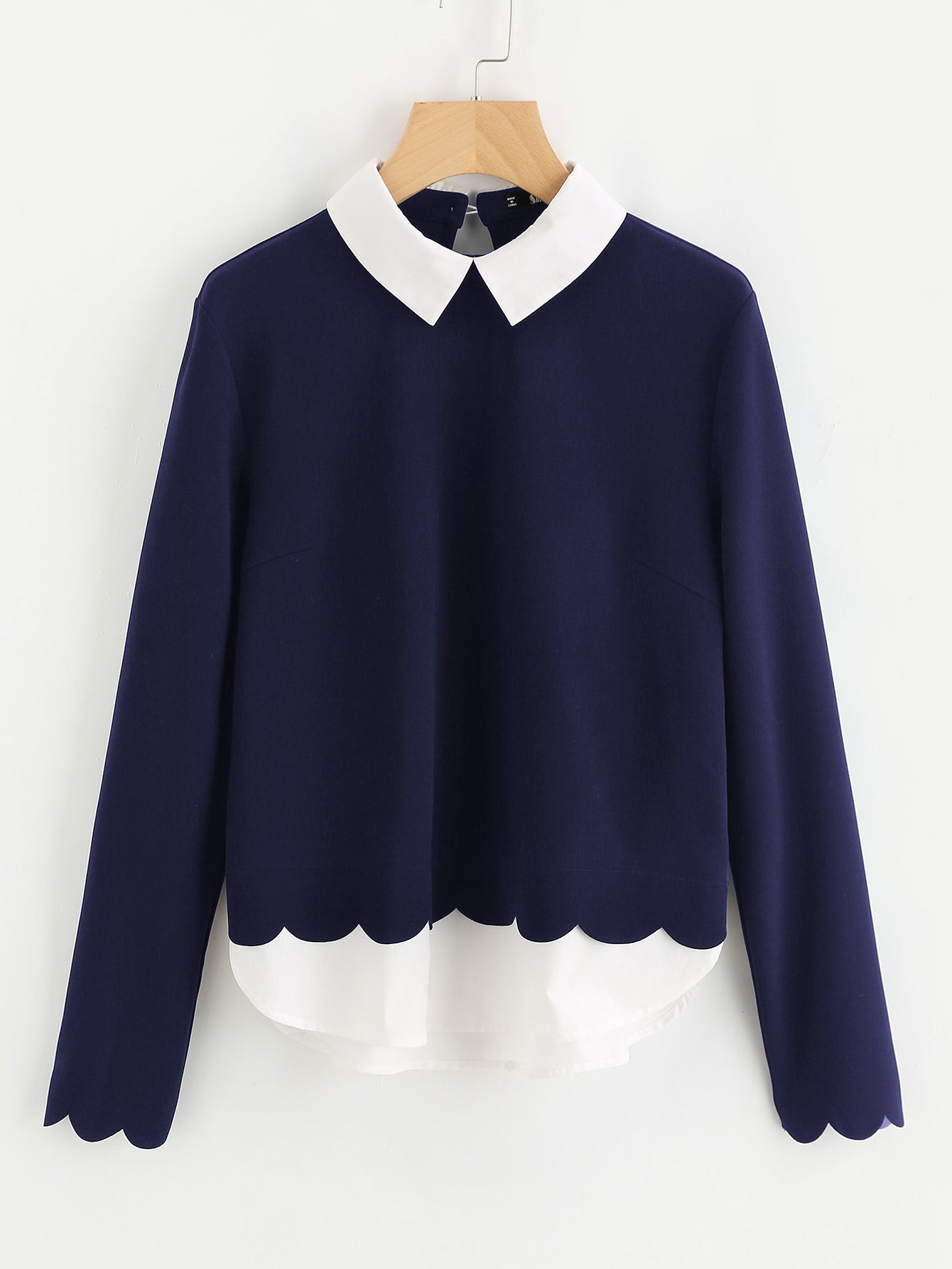 Contrast Collar And Hem Scalloped Blouse