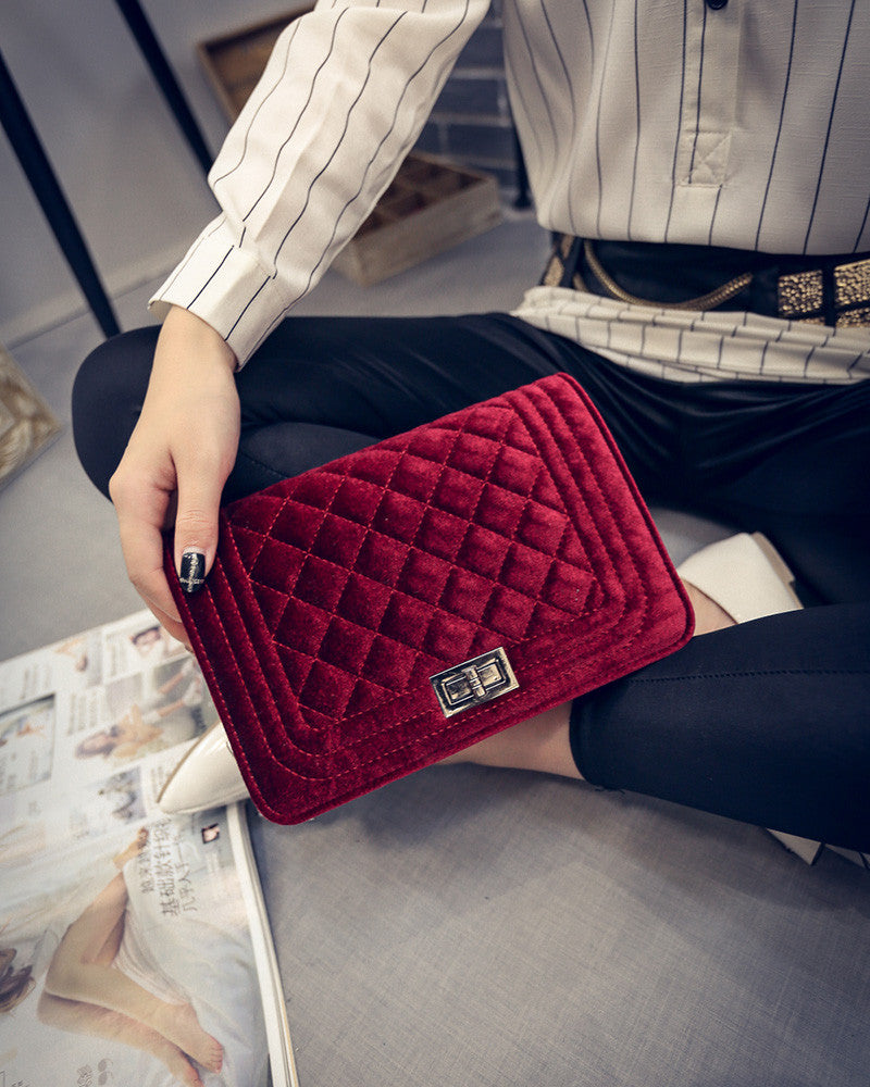 Best Seller! Velvet Quilted Shoulder Chain bag