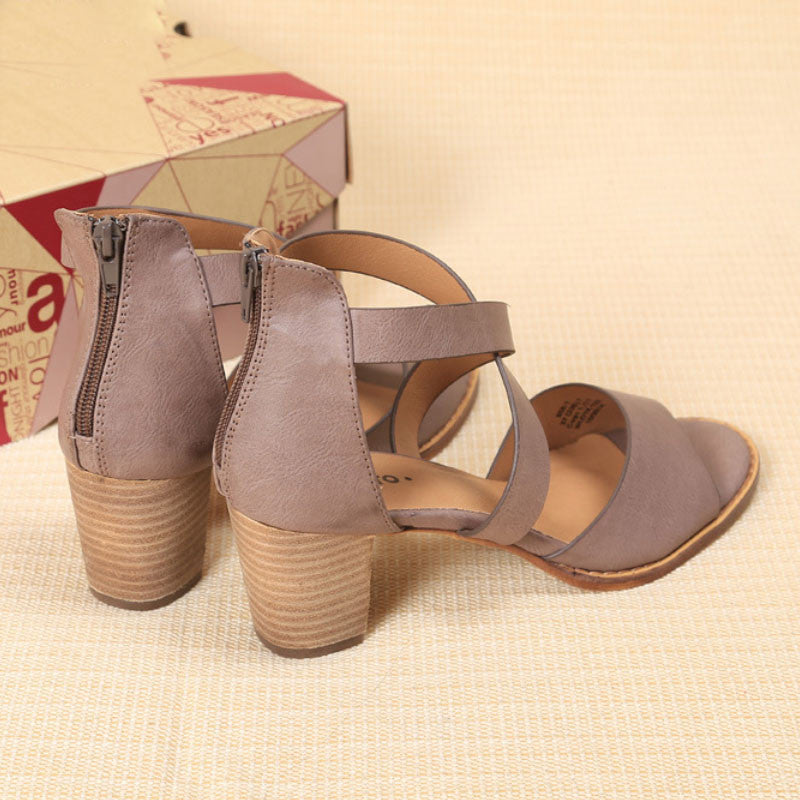 Cross Ties Summer Sandals