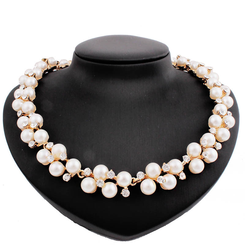 Pearl Elegant Necklace