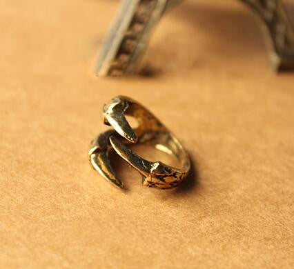 Antique Claw Ring