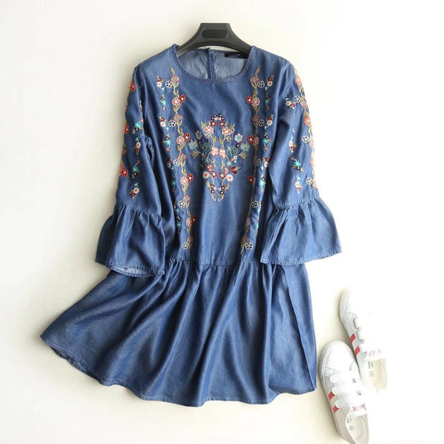 Floral Embroidery Flare Sleeve Dresse