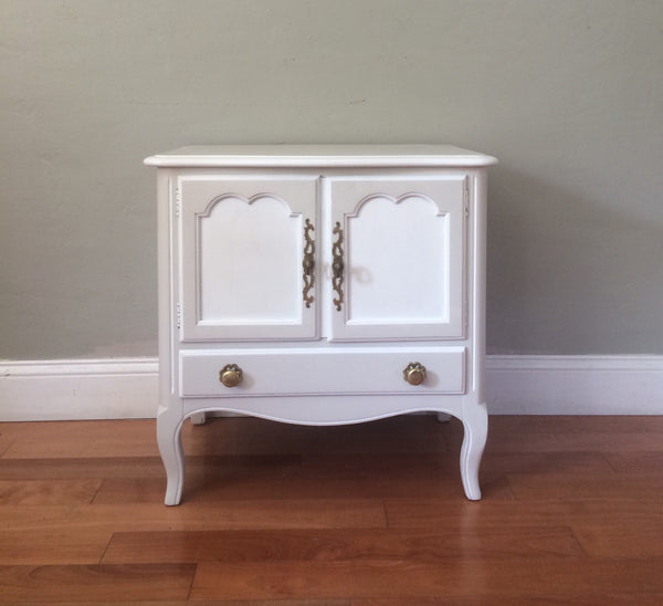 15% OFF! Set of Two Tone White Vintage Mid Century Nightstands