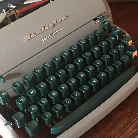 Remington Quite-Riter Vintage Typewriter