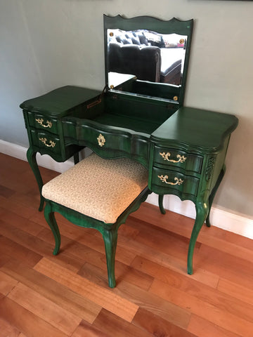 Miraculous Vintage Solid Wood Vanity Desk With Mirror And Bench Download Free Architecture Designs Scobabritishbridgeorg