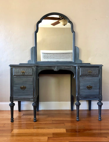 Blue Gray Antique Make-up Vanity with Mirror