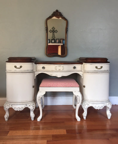 Antique Louis XV French Provincial Makeup Vanity