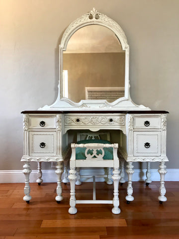 Vanilla White Antique Make-Up Vanity with Bench