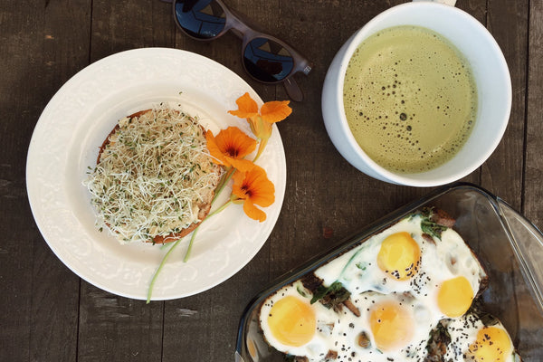 FOOD: BAKED EGG BRUNCH UNDER 20 MINS