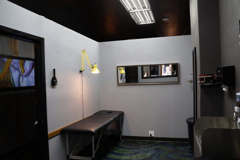 siren body jewelry piercing room
