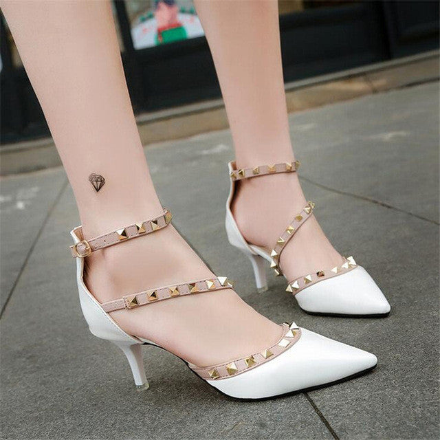 Women's shoes 2017 summer brand OL high-heeled sandals Liu nail metal sexy wedding shoes comfortable office shoes large size