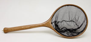Small landing net with round hoop in light brown wood.