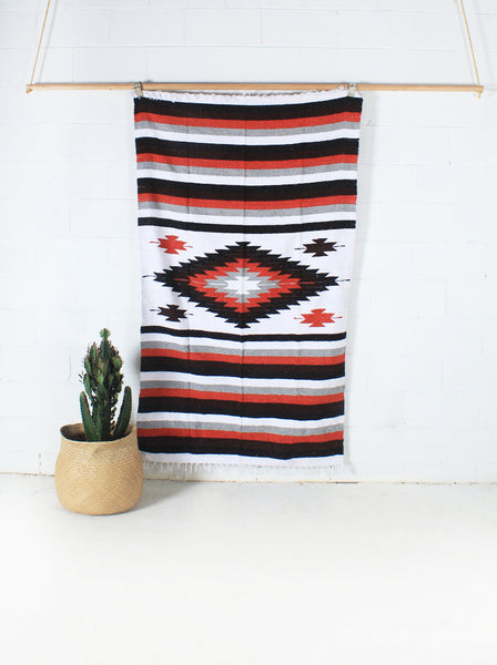 Nube Diamond WOVE Mexican Blanket