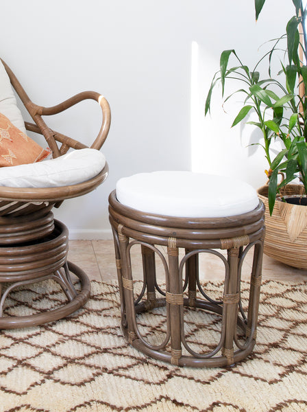 Papasan Roman Foot Stool