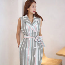 Load image into Gallery viewer, Sleeveless High Waist Striped Single-breasted Dress