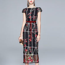Load image into Gallery viewer, Luxury Embroidery Pencil Dress