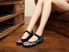 Load image into Gallery viewer, WS203 Old Peking Embroidery Flat Shoes