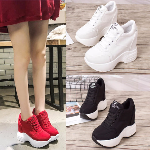 WS57 Lace Up Soft High Sneaker
