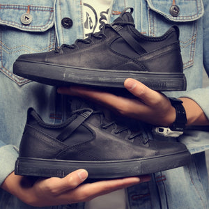 MS035 High quality all Black Men's leather sneakers