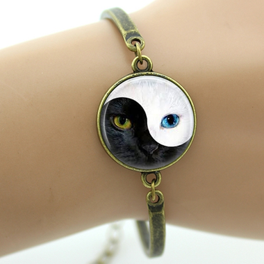 MissMeowni Bracelets Bronze / OneSize Cat Eyes in Black/White Bracelets