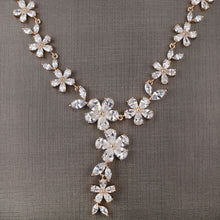 Load image into Gallery viewer, Daisy Necklace Set - Design # 8016