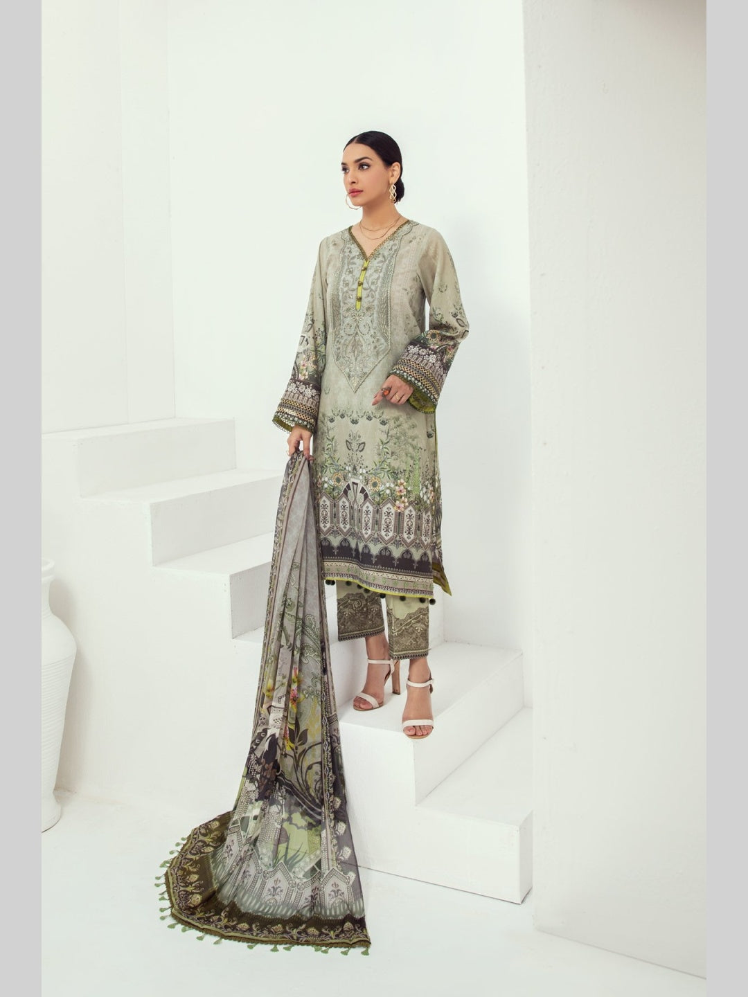 Embroidered Luxury Lawn & Chiffon